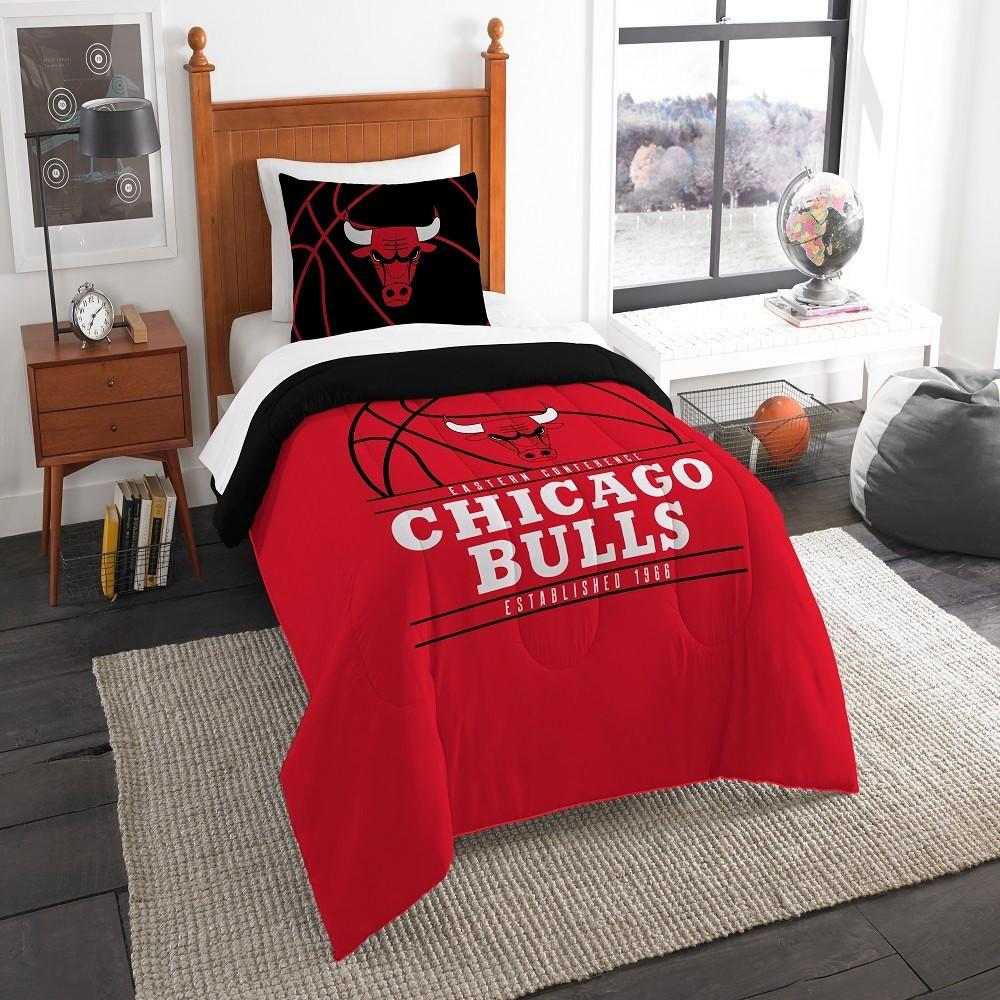 NBA Chicago Bulls Northwest Reverse Slam Twin Comforter Set