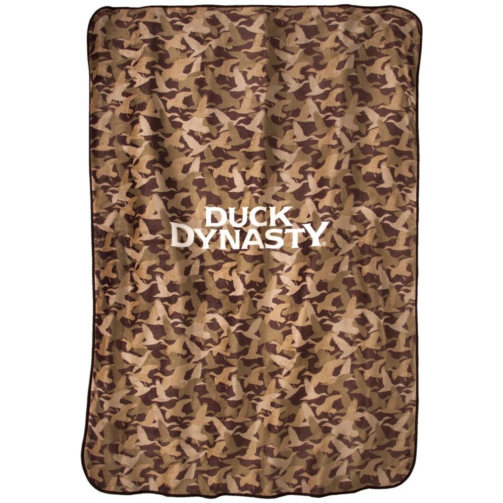 Duck Dynasty Camo Logo Blanket