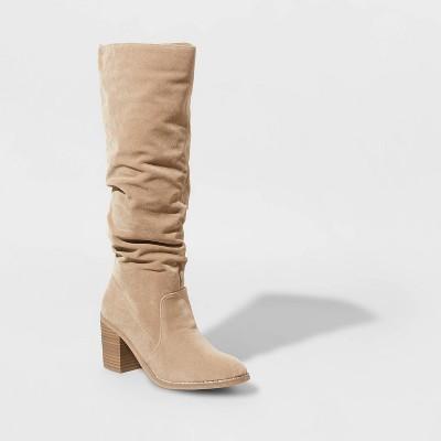 Women's Lainee Heeled Scrunch Boots - Universal Thread™