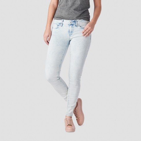8dc407e30316f DENIZEN® From Levi's® Women's Low-Rise Jeggings - (Juniors') Light Wash 11  : Target
