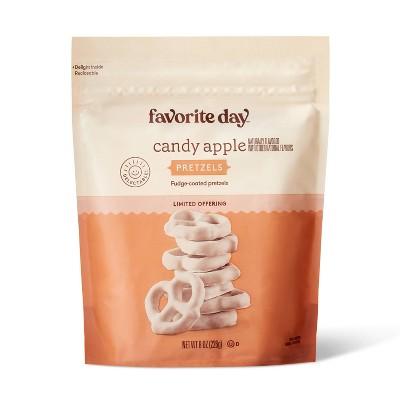 Candy Apple Pretzels - 8oz - Favorite Day™