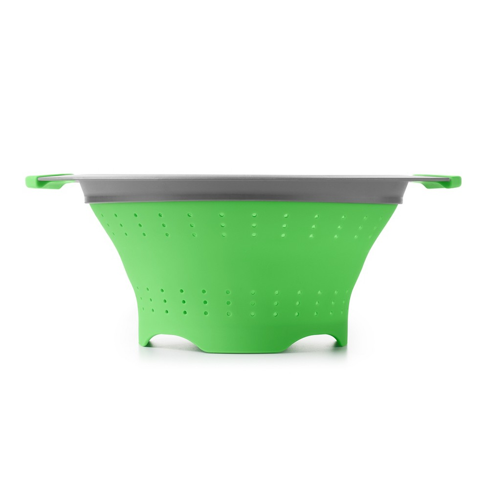 Oxo 3.5qt Colander with Handle Green