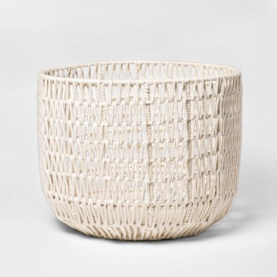 "18"" x 14"" Round Woven Basket White - Project 62™"