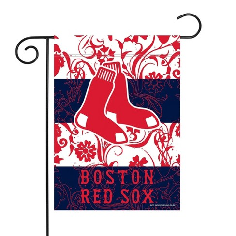 MLB Boston Red Sox Garden Flag with Pole - image 1 of 1