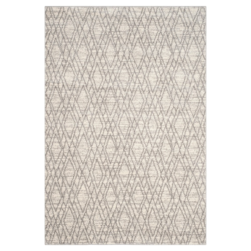 Ivory/Light Gray Solid Tufted Area Rug - (6'7