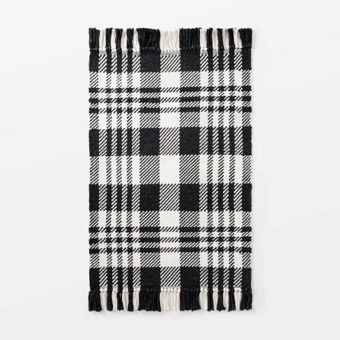 """2'1""""x3'2"""" Indoor/Outdoor Scatter Plaid Rug Black - Threshold™ designed with Studio McGee - image 1 of 4"""