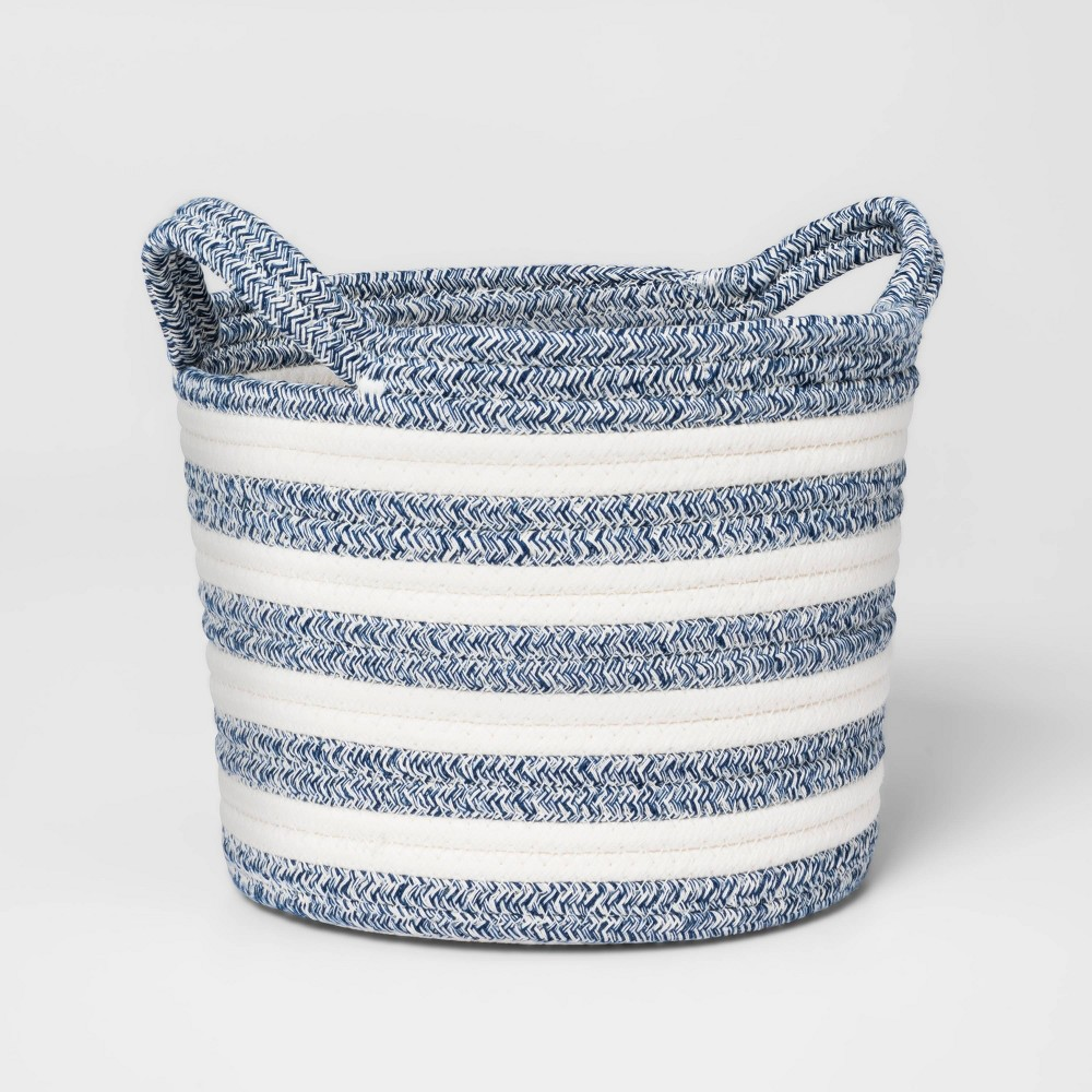Small Coiled Stripe Rope Navy Pillowfort 8482