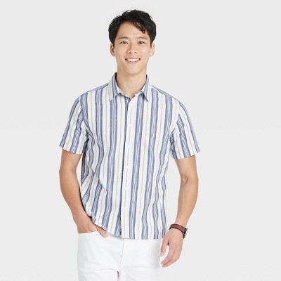 Men's Regular Fit Textured Short Sleeve Button-Down Shirt - Goodfellow & Co™