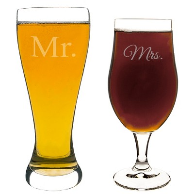 2ct Mr. & Mrs. Wedding Pilsner Set