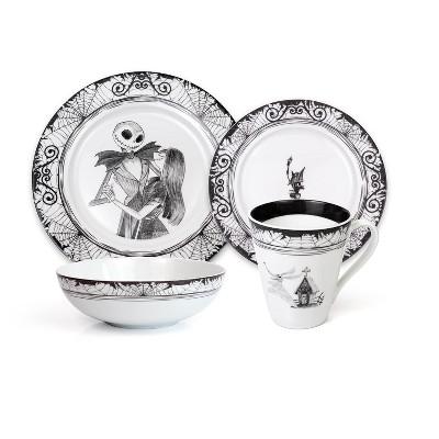 Robe Factory LLC The Nightmare Before Christmas 16-Piece Ceramic Dinnerware Set