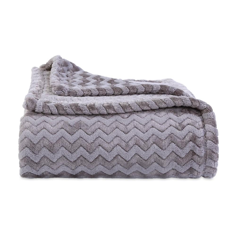 Image of Zig Zag Plush Throw Blanket Gray - Better Living
