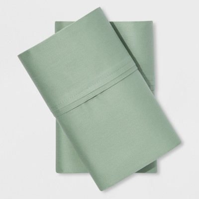 Performance Solid Pillowcase (Standard)Green Fig 400 Thread Count - Threshold™