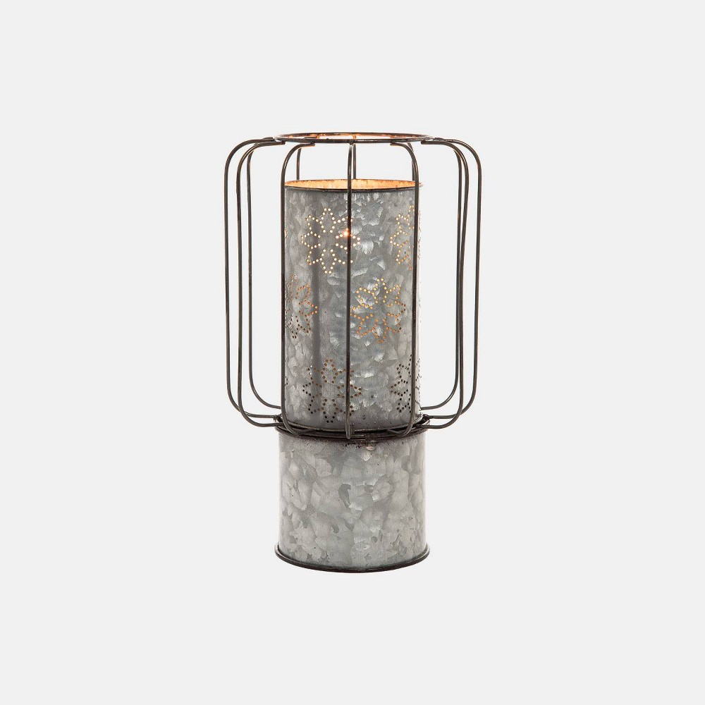Image of Large Dorian Candle Holder - Foreside Home & Garden, Gray