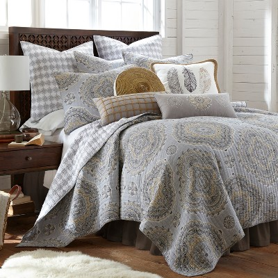 Solano Quilt and Pillow Sham Set - Levtex Home