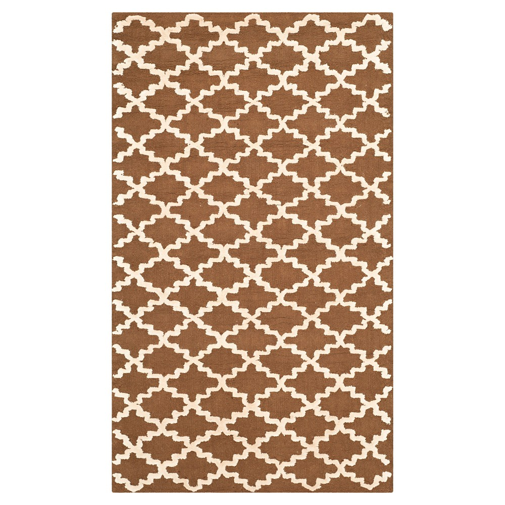 Chocolate/Ivory Abstract Hooked Area Rug - (5'6