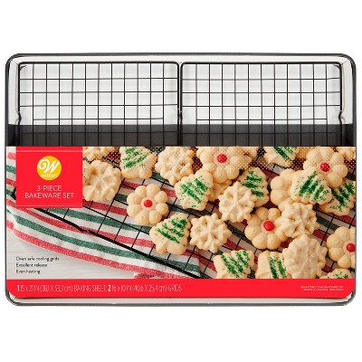 "Wilton 21""x15"" Mega Cookie Sheet with 2 Cooling Grids"
