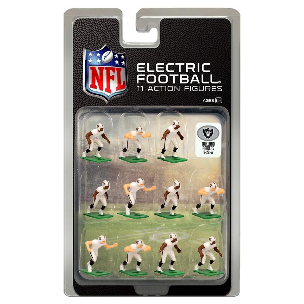 NFL Oakland Raiders Tudor Games Away Uniform Electric Football Action Figure Set