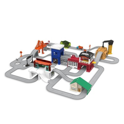 DRIVEN – Truck Playset with Fire Station – Build-A-City - 140 pc