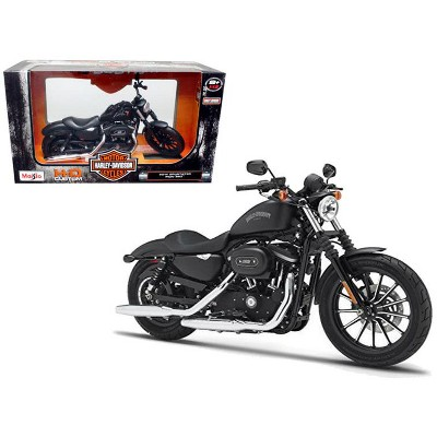 2014 Harley Davidson Sportster Iron 883 Motorcycle Model 1/12 by Maisto