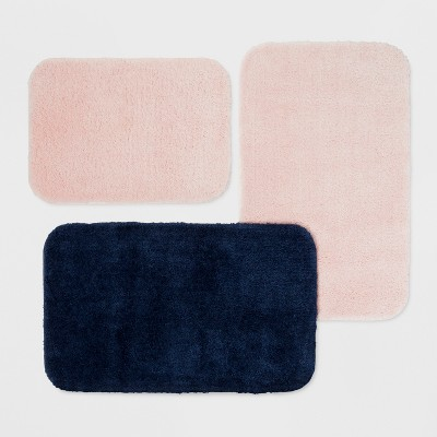 Solid Bath Towels & Rugs Collection - Room Essentials™