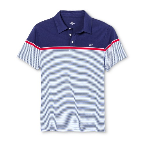 483bc678d3 seanco15 Who can go wrong with a grass wall while wearing Vineyard Vines.  #shrubbery #grass #vineyardvines