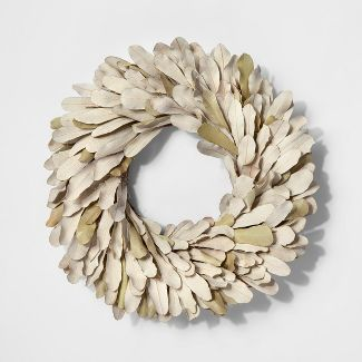 "11"" Dried Integrifolia Leaf Wreath Green - Smith & Hawken™"