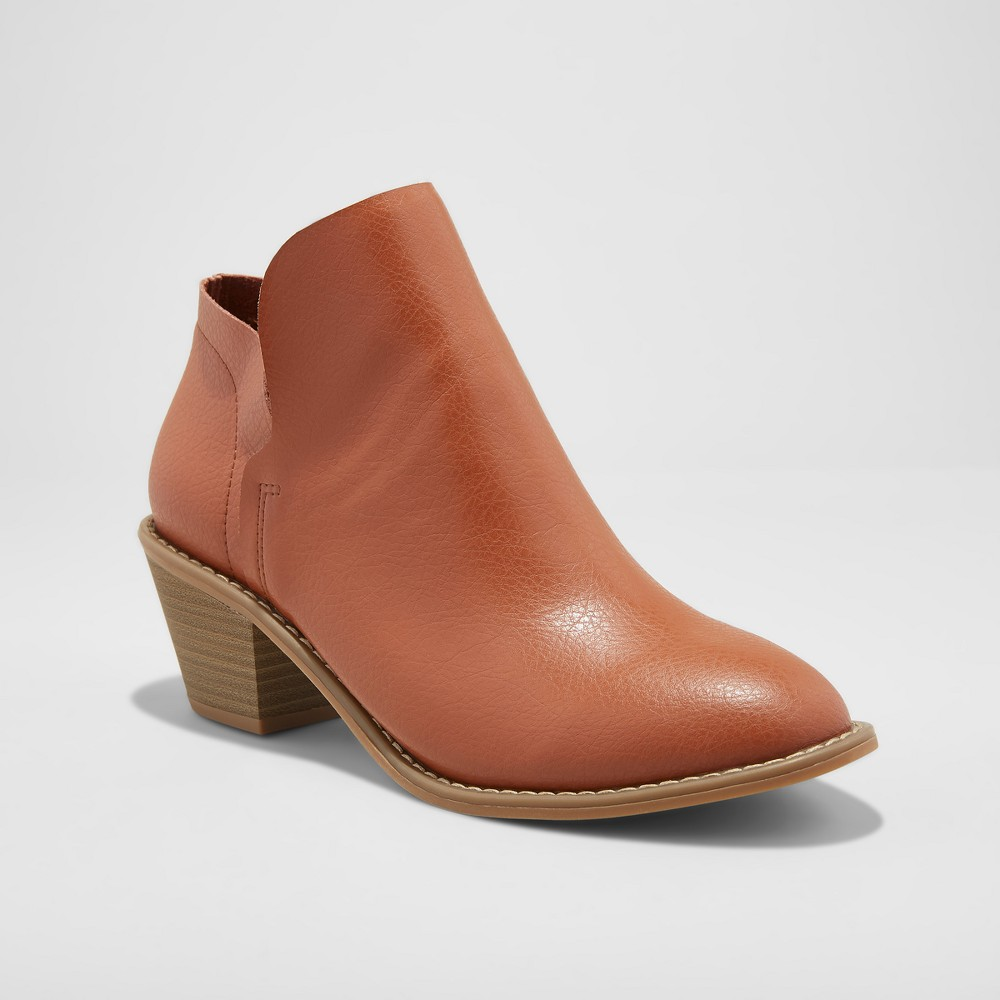 Women's Indie Heeled Wide Width Booties - Universal Thread Brown 9W, Size: 9 Wide