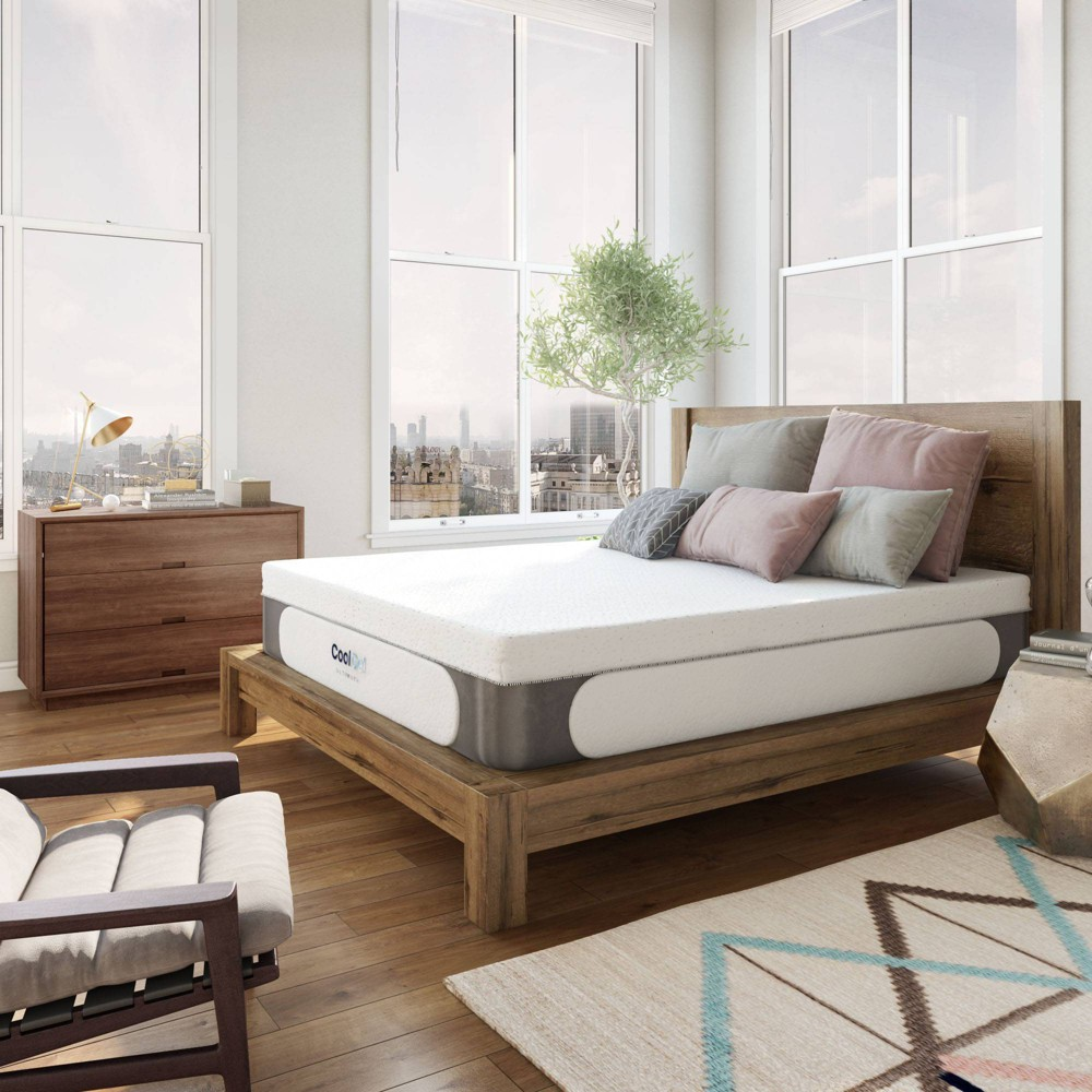 "Image of ""Laine Cooling 14"""" Gel Memory Foam Mattress with Bonus Pillows - Jubilee Mattress - King"""