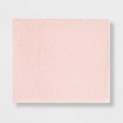 Everyday Solid Bath Towel Light Pink - Room Essentials™