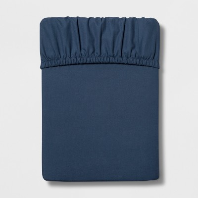 Queen 300 Thread Count Ultra Soft Fitted Sheet Dark Blue - Threshold™