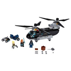 LEGO Marvel Avengers Black Widow's Helicopter Chase 76162 Playset with 3 Minifigures 271pc