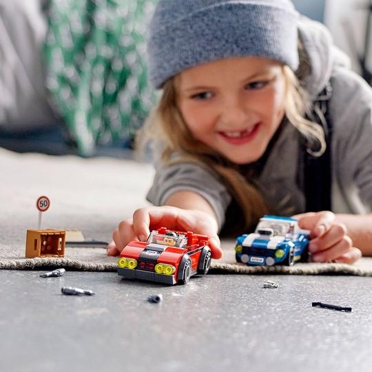LEGO City Police Highway Arrest Building Set for Kids 60242 image number null