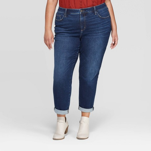Women's Plus Size Mid-Rise Girlfriend Cropped Jeans - Universal Thread™ Dark Wash - image 1 of 3