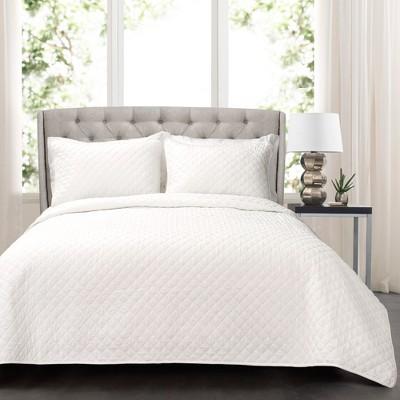White Ava Diamond Oversized Cotton Quilt Set (Full/Queen)- Lush Decor