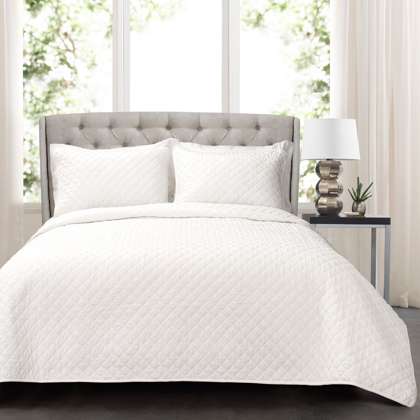 Ava Diamond Oversized Cotton Quilt Set - Lush Decor - image 1 of 4