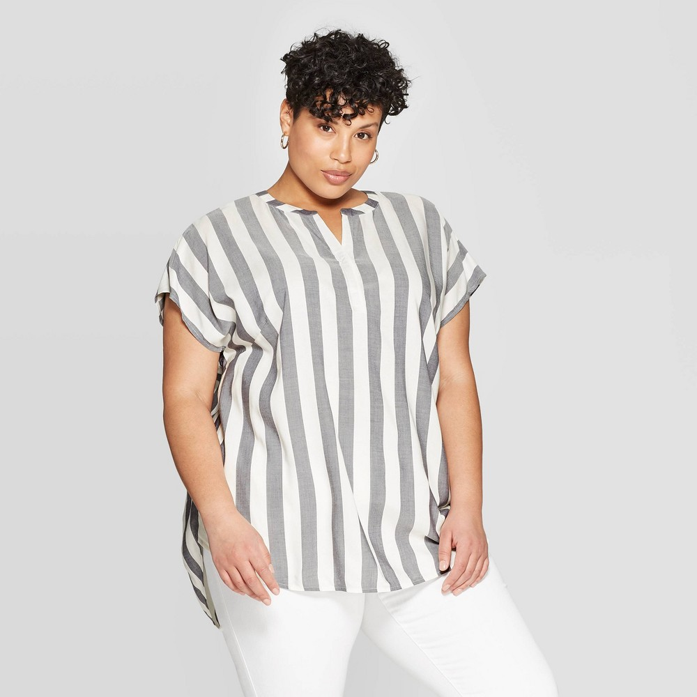 4e9a384a93018b Womens Plus Size Striped Short Sleeve V Neck Popover Ava Viv WhiteGray 2X  Blue