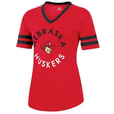 NCAA Nebraska Cornhuskers Women's Short Sleeve V-Neck Heathered T-Shirt