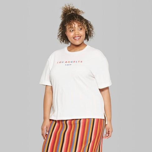 0731f33b052 Women's Plus Size Short Sleeve Oversized Embroidered T-Shirt - Wild ...