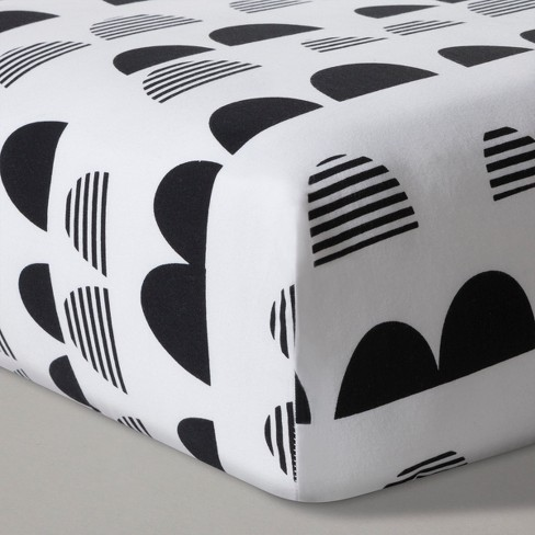 Fitted Crib Sheet Scallop - Cloud Island™ - Black/White - image 1 of 1