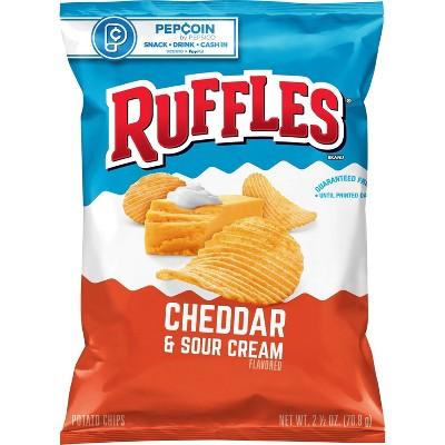 Ruffles Cheddar & Sour Cream Potato Chips - 2.5oz