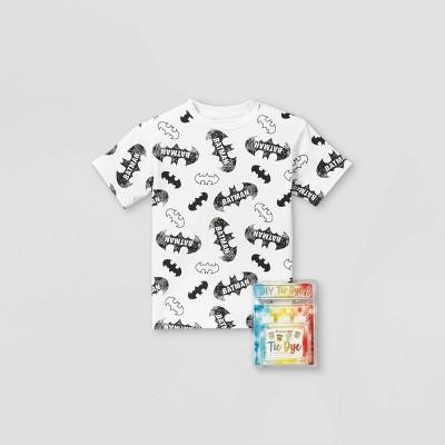 Kids' DC Comics Batman Short Sleeve Graphic T-Shirt with Tie-Dye Kit - White