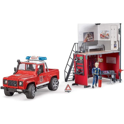 Bruder bworld Firestation with Land Rover, Fireman and Accessories