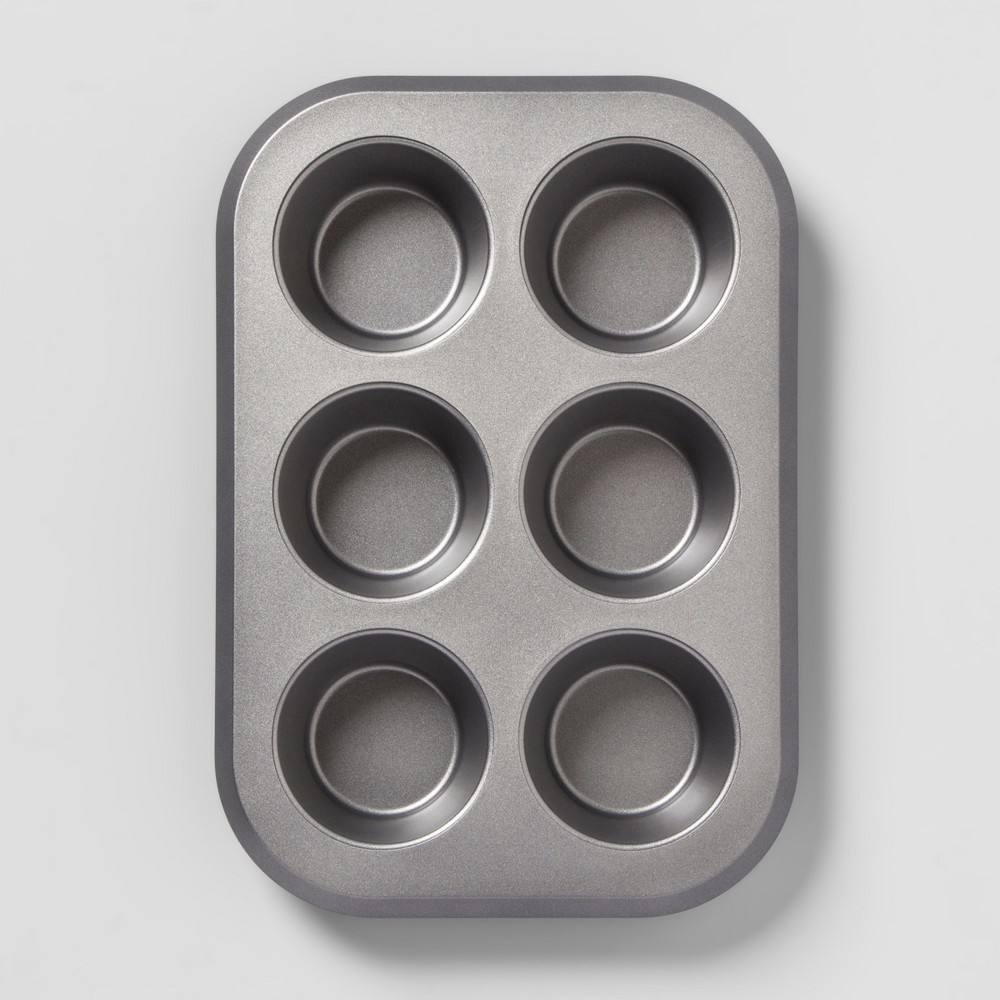 Aluminized Steel Non-Stick Jumbo Muffin Tin Silver - Made By Design