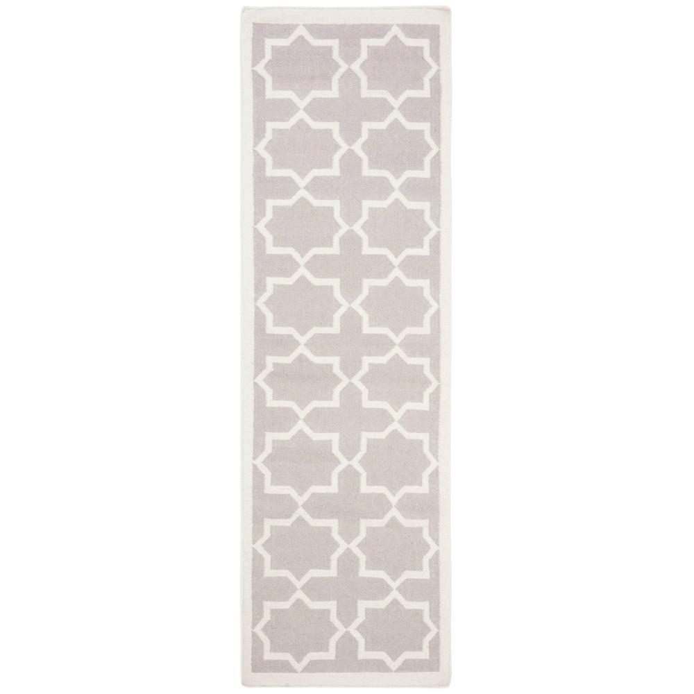 Aklim Dhurry Rug - Grey/Ivory - (2'6x12') - Safavieh, Gray/Ivory