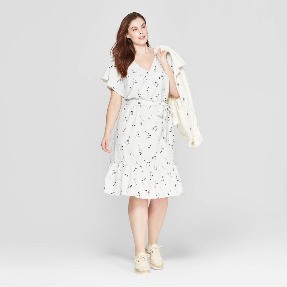 Women's Plus Size Floral Print Short Sleeve V-Neck Midi Dress - Universal Thread Blue X