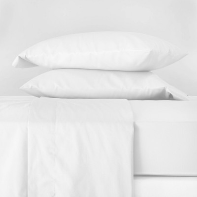 Queen 300 Thread Count Temperature Regulating Solid Sheet Set White - Casaluna™