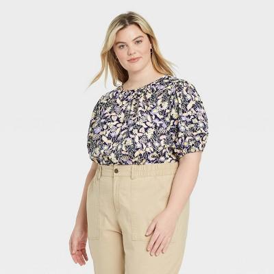 Women's Plus Size Short Sleeve Crewneck Pleated Blouse - Ava & Viv™