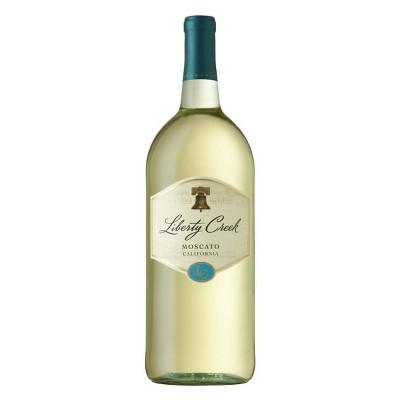 Liberty Creek Vineyards Moscato White Wine - 1.5L Bottle