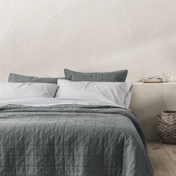 Heavyweight Linen Blend Quilt - Casaluna™