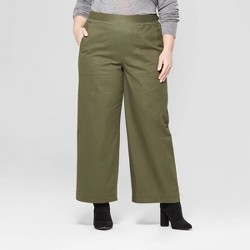 22b818aef27 Women s Plus Size Duo Front Pocket Straight Wide Leg Cargo Pants ...